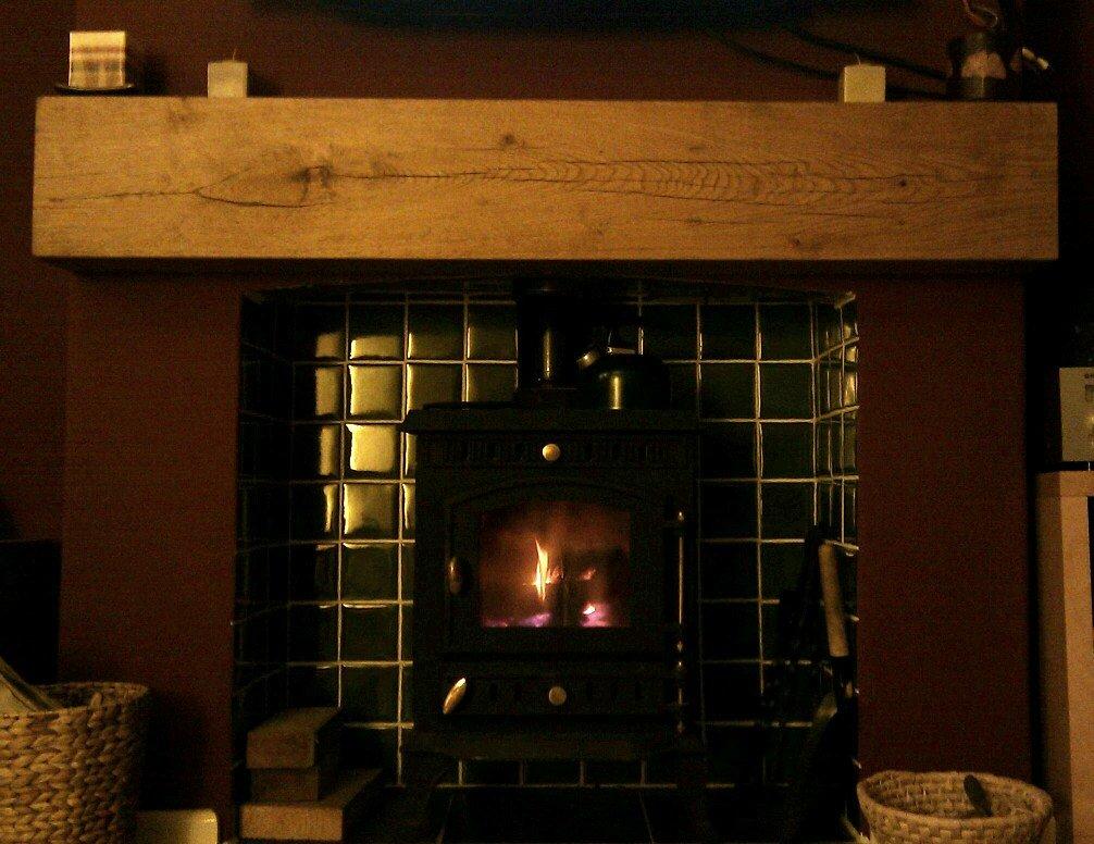Mantlepiece oak beam